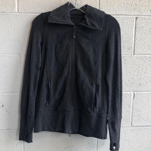 lululemon athletica Jackets & Blazers - Lululemon grey zip up jacket w/ hood sz 4 61514